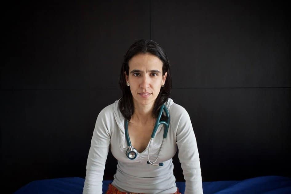 """Paola Pineda: """"Prohibicionistas hicieron un buen trabajo poniendo a la marihuana como entrada a otras drogas"""""""