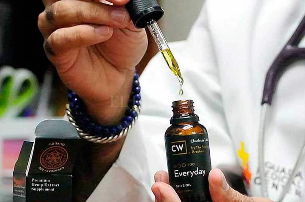La disparada del dólar impactó fuerte en el precio del aceite de cannabis