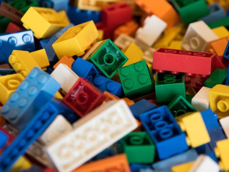 LEGO mira al cáñamo